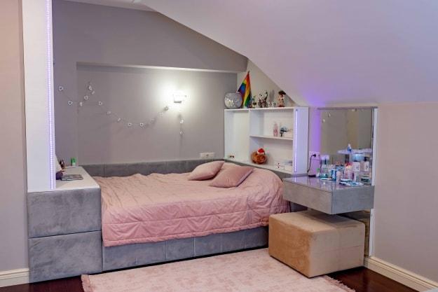 Ліжко Pink